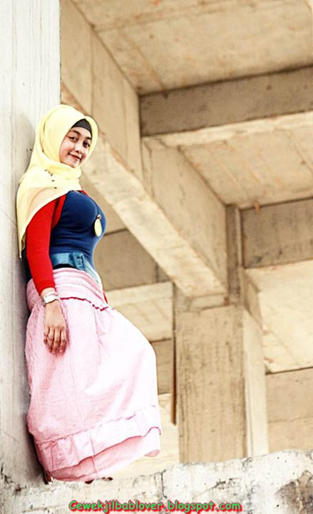 Galeri Foto Gadis Abg Pake Jilbab Ketat Dan Seksi 2014 Kumpulan Foto Cewek Berjilbab