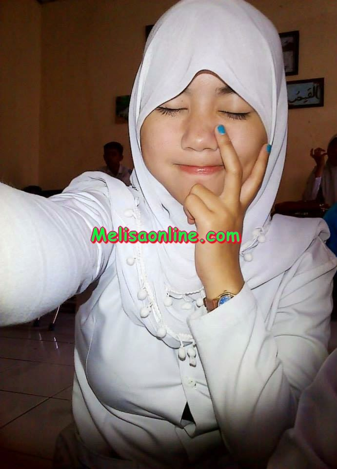 Abg smp jilbab perawan ngobel memek bokep indonesia - 1 1
